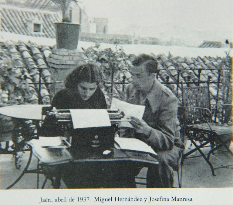Miguel Hernandez Y Josefina Manresa