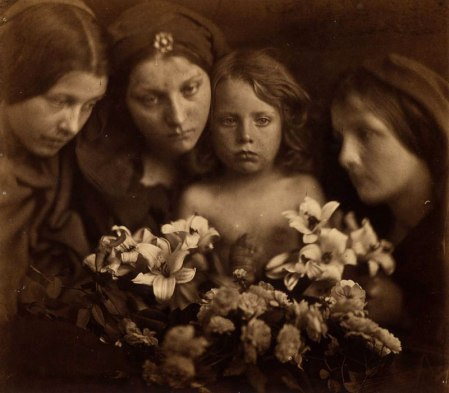 JuliaMargaretCameron-Wist-ye-not-that-your-father-and-I-sought-thee-sorrowing-1865