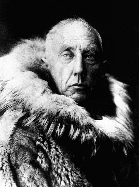 446px-Amundsen_in_fur_skins