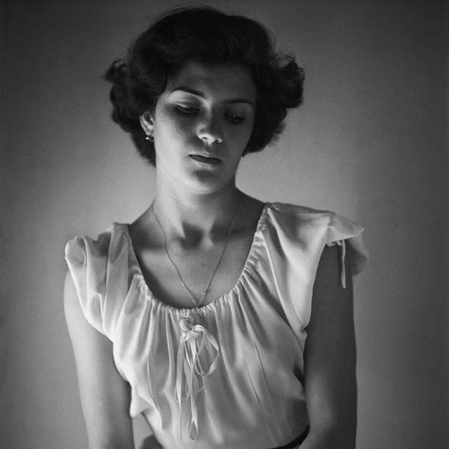 Clara Aparicio en 1948, por Juan Rulfo.