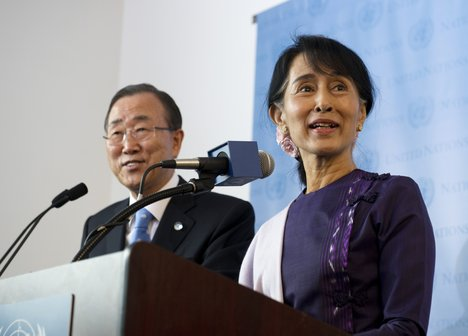Aung San Suu Kyi 3