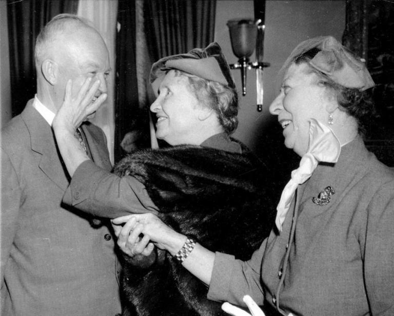 helen-keller-meets-dwight-eisenhower