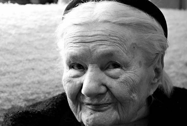 z5202575IE,Podczas-II-wojny-swiatowej-Irena-Sendlerowa-uratow
