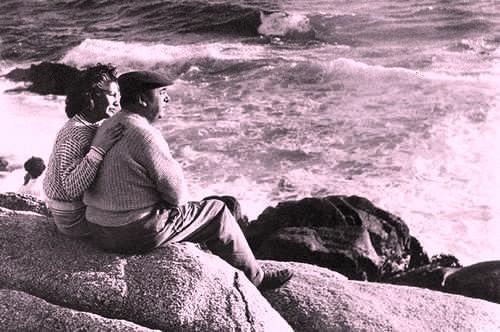 Matilde y Pablo en Isla Negra 2