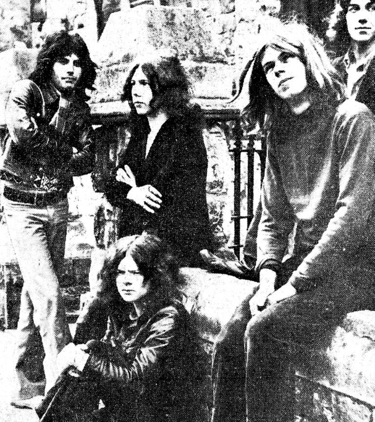 Freddie con los Sour Milk Sea 1969-1970.jpg