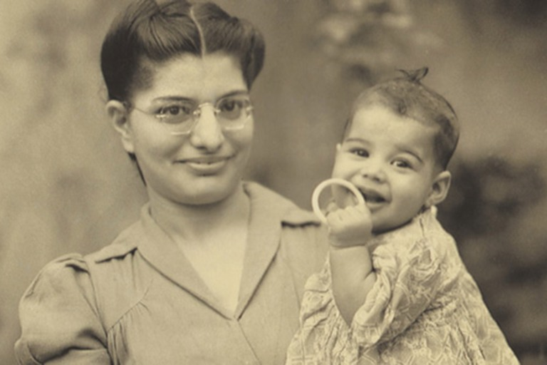 Freddie-Mercury-bebe.jpg