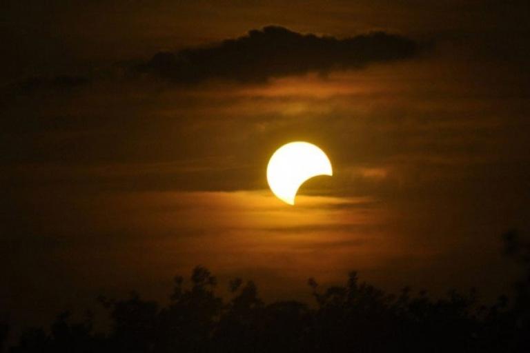 eclipse_parcial_sol_6_enero_2019.jpg