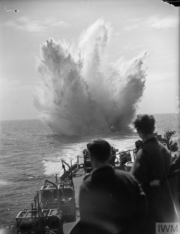 combate-bajo-el-agua_787baf04.jpg
